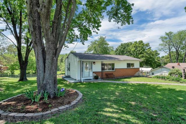 3905 West Drive, Saint Peters, MO 63376 (#18039905) :: Barrett Realty Group