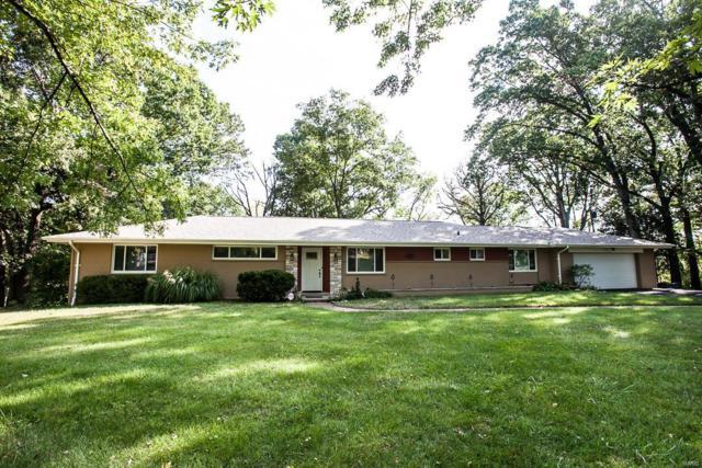 1028 Winwood Drive, Ladue, MO 63124 (#18040244) :: Kelly Hager Group | Keller Williams Realty Chesterfield