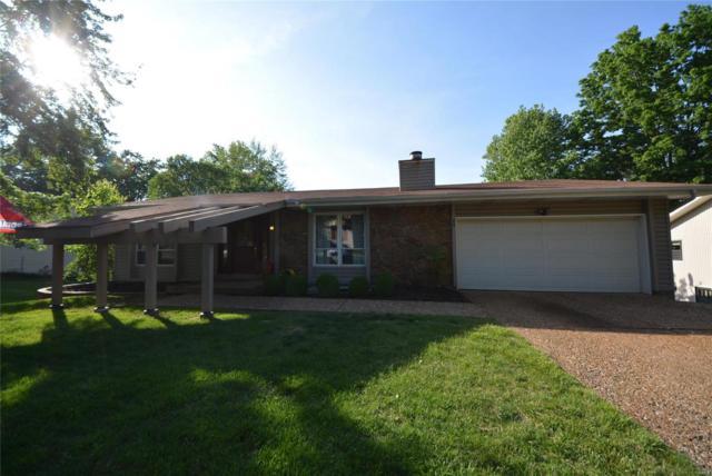 48 Picardy Drive, Lake St Louis, MO 63367 (#18041034) :: The Kathy Helbig Group