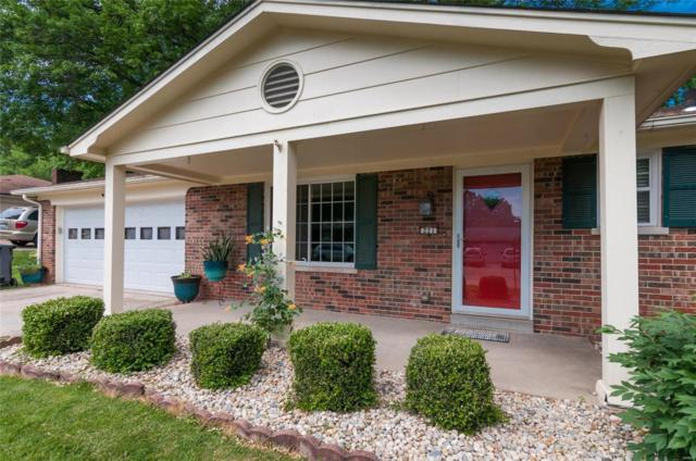 221 Williamsburg Drive, Belleville, IL 62221 (#18041358) :: Kelly Hager Group | Keller Williams Realty Chesterfield