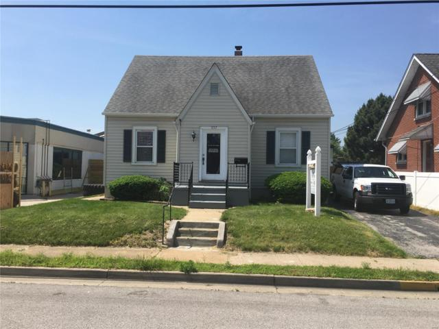 557 Madison Street, Saint Charles, MO 63301 (#18042375) :: PalmerHouse Properties LLC