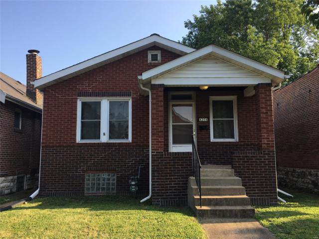 4354 Itaska Street, St Louis, MO 63116 (#18049229) :: The Becky O'Neill Power Home Selling Team