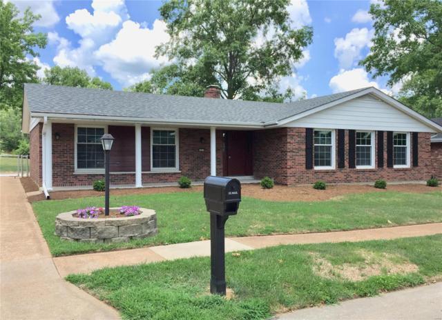 4894 Broad Oak Drive, St Louis, MO 63128 (#18049338) :: Clarity Street Realty