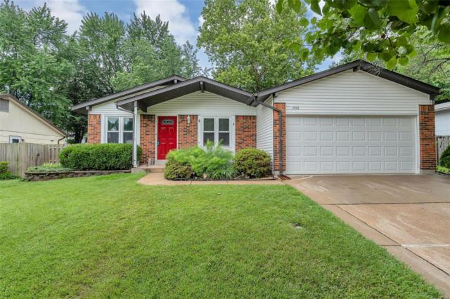 1952 Driftwood Trails Drive, Florissant, MO 63031 (#18049616) :: Clarity Street Realty
