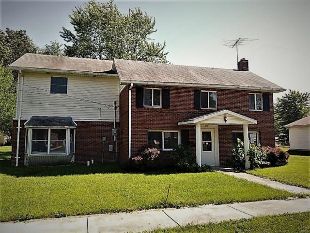 122 E Pennsylvania Street, STAUNTON, IL 62088 (#18049840) :: Sue Martin Team