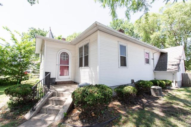 3 W Poplar, Mascoutah, IL 62258 (#18051323) :: Holden Realty Group - RE/MAX Preferred