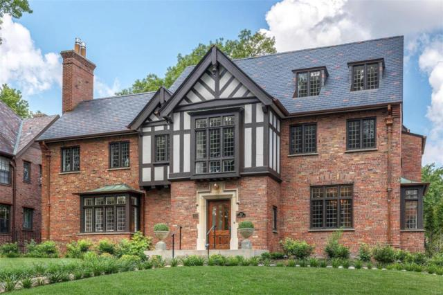 233 Woodbourne Drive, St Louis, MO 63105 (#18055676) :: Kelly Hager Group | TdD Premier Real Estate