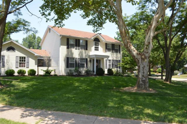 1488 Asterwood Court, Chesterfield, MO 63017 (#18056205) :: The Kathy Helbig Group
