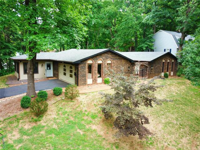 15 Powder Valley Drive, Belleville, IL 62223 (#18057008) :: Holden Realty Group - RE/MAX Preferred