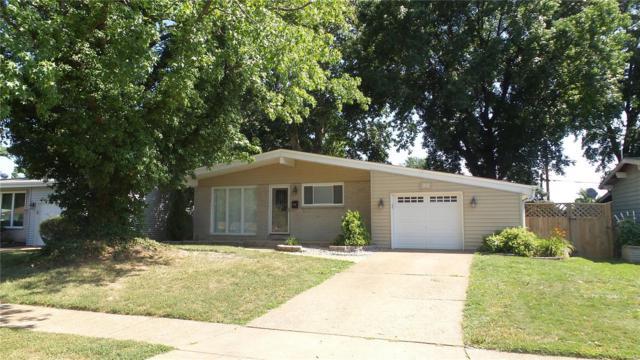 1315 Ensenada, Florissant, MO 63031 (#18057781) :: Kelly Hager Group | TdD Premier Real Estate
