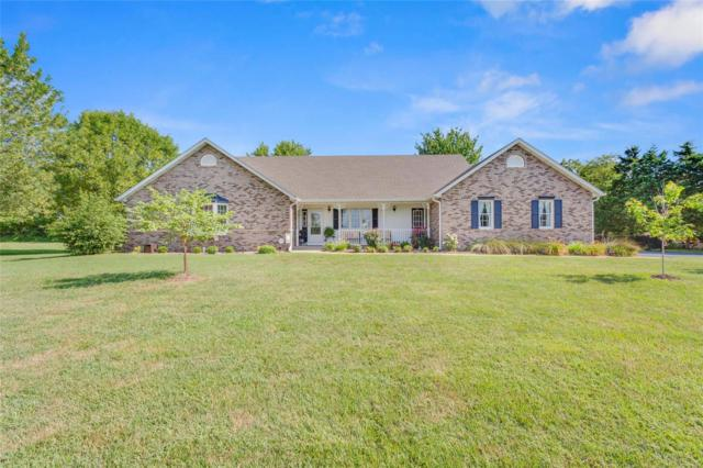5237 White Oak Drive, Smithton, IL 62285 (#18059009) :: Clarity Street Realty