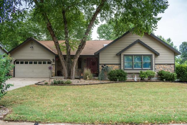 916 Claycrest Drive, Saint Charles, MO 63304 (#18059224) :: RE/MAX Vision