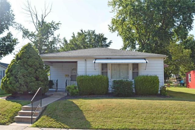 1304 N Charles Street, Belleville, IL 62221 (#18059444) :: Holden Realty Group - RE/MAX Preferred
