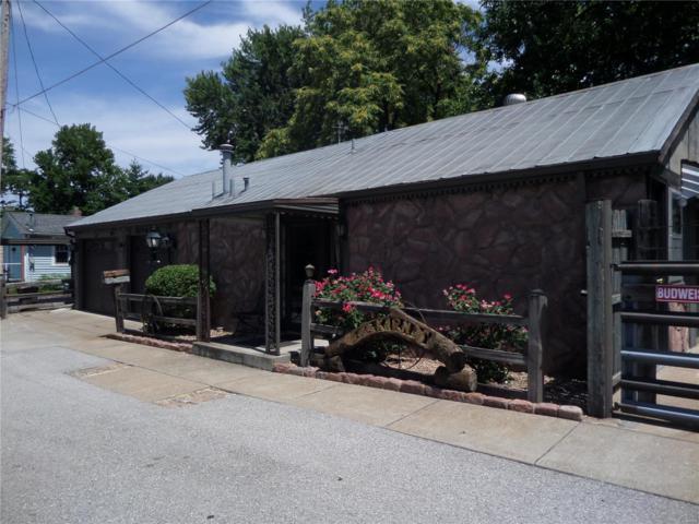 212 N 10TH Street, Saint Charles, MO 63301 (#18060368) :: Clarity Street Realty