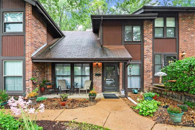 1064 Mersey Bend, St Louis, MO 63129 (#18062781) :: RE/MAX Professional Realty