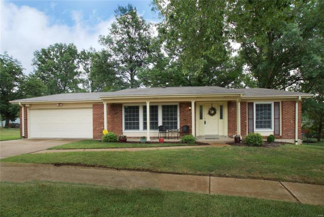 1287 Clearlake Circle, Ballwin, MO 63011 (#18063887) :: St. Louis Finest Homes Realty Group