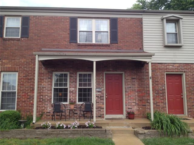 1204 Clarkson #1204, Ellisville, MO 63011 (#18064612) :: The Becky O'Neill Power Home Selling Team