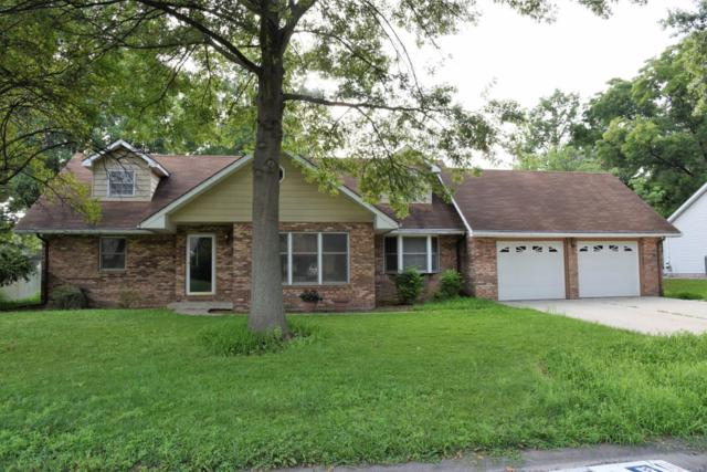 407 N Jackson Street, Mascoutah, IL 62258 (#18064753) :: Holden Realty Group - RE/MAX Preferred