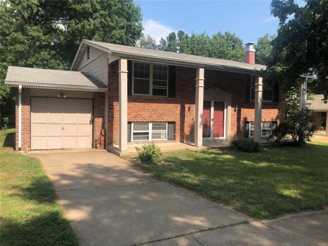 551 Golfwood Drive, Ballwin, MO 63021 (#18064944) :: St. Louis Finest Homes Realty Group