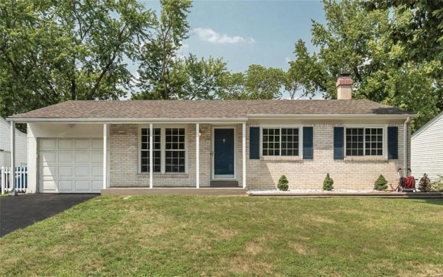 11843 Foxwood Drive, Maryland Heights, MO 63043 (#18065231) :: Clarity Street Realty