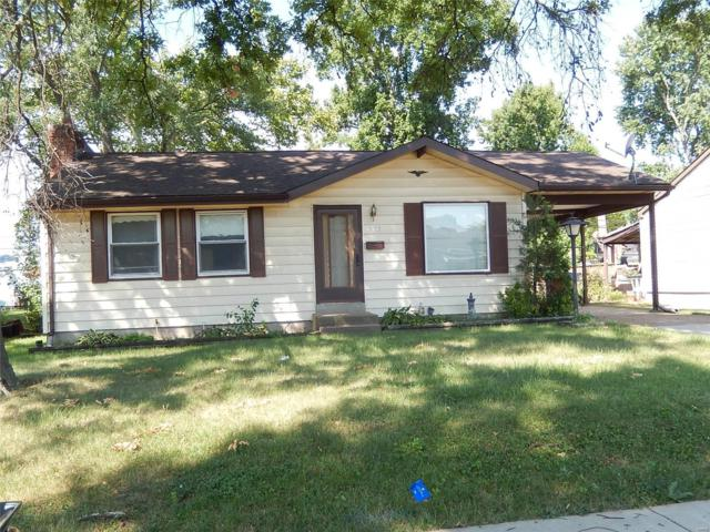 12135 Fleetwood Place, Maryland Heights, MO 63043 (#18065300) :: Clarity Street Realty