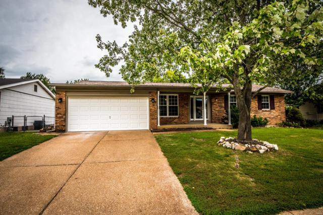 1335 Trails Drive, Fenton, MO 63026 (#18065819) :: The Becky O'Neill Power Home Selling Team