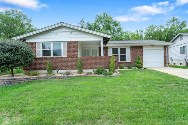 502 Arborwood, Ballwin, MO 63021 (#18066118) :: The Becky O'Neill Power Home Selling Team