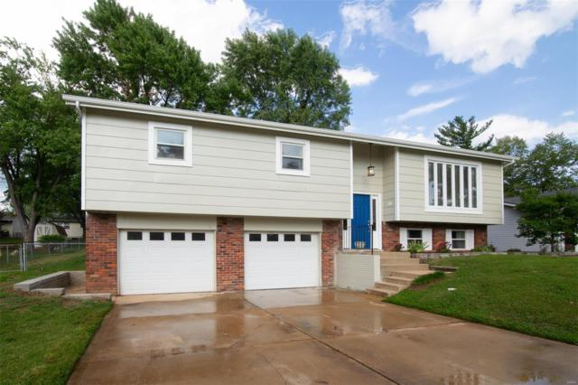 2816 Olde Gloucester Drive, Saint Charles, MO 63301 (#18066588) :: Clarity Street Realty