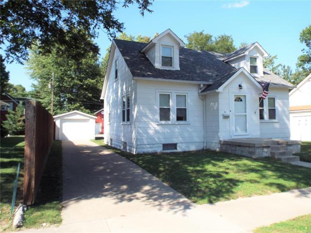 21 W 1st Street, TRENTON, IL 62293 (#18070984) :: Clarity Street Realty