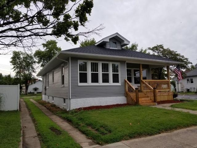 525 E Ferguson Avenue, Wood River, IL 62095 (#18071653) :: Fusion Realty, LLC