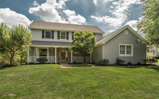 1924 Sandburg Court, Chesterfield, MO 63005 (#18073118) :: The Kathy Helbig Group