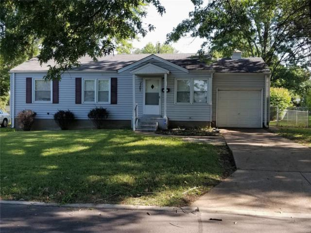 1107 Addison, St Louis, MO 63137 (#18074580) :: Clarity Street Realty