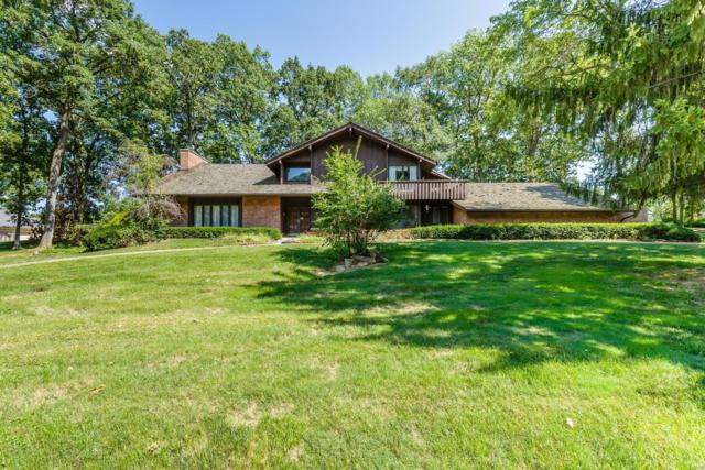 52 Meadowbrook Country Club, Ballwin, MO 63011 (#18074597) :: Kelly Hager Group   TdD Premier Real Estate