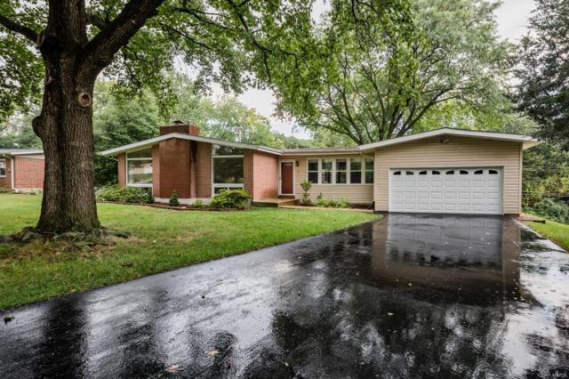 3 Nassau Circle, St Louis, MO 63146 (#18074636) :: Walker Real Estate Team