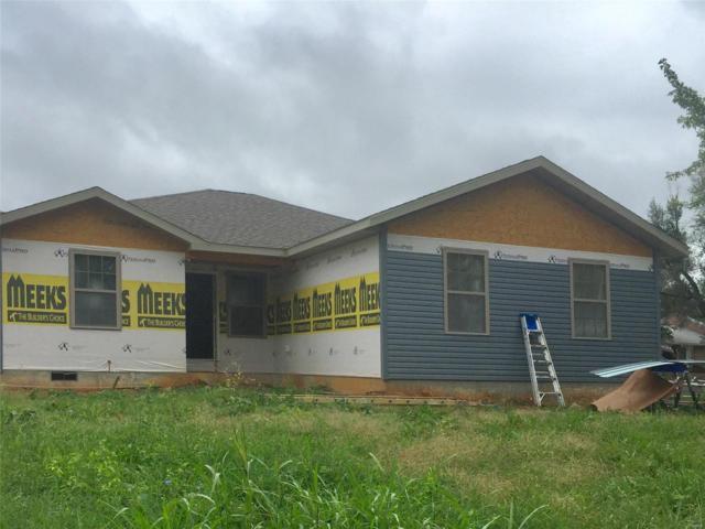 420 Clark, Lebanon, MO 65536 (#18076793) :: Walker Real Estate Team