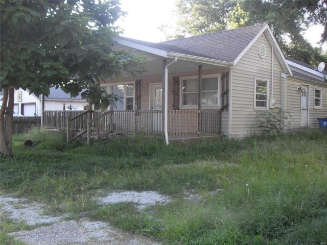306 W Kavanaugh Street, POCAHONTAS, IL 62275 (#18077070) :: Barrett Realty Group