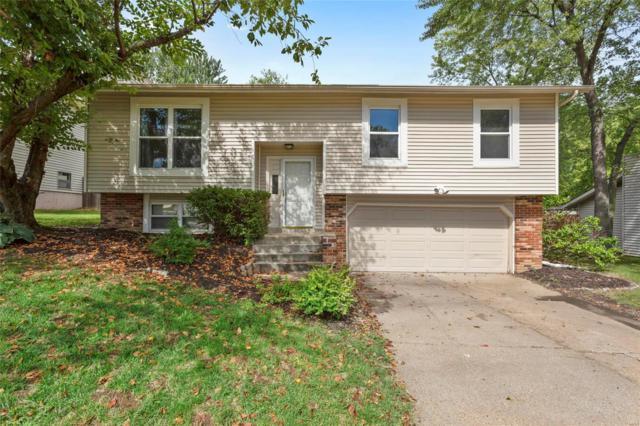 1451 Mohican Trail, Saint Charles, MO 63304 (#18078696) :: Walker Real Estate Team