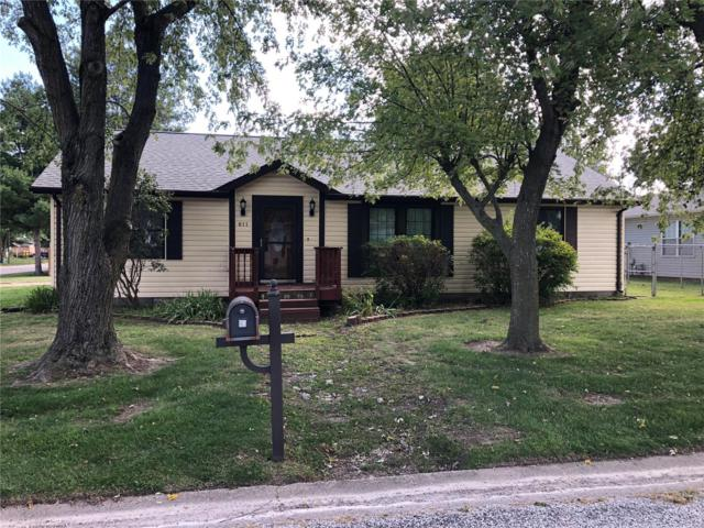 611 Lila Court, New Baden, IL 62265 (#18080135) :: Fusion Realty, LLC
