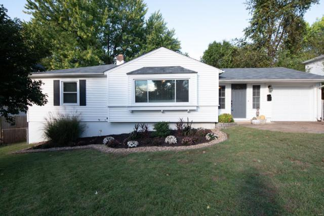 9557 Cantwell Drive, St Louis, MO 63123 (#18082232) :: The Becky O'Neill Power Home Selling Team