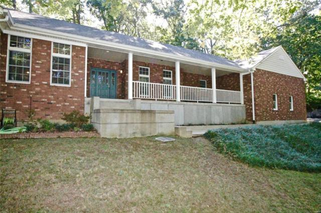 10 Currier And Ives Drive, Eureka, MO 63025 (#18082686) :: The Becky O'Neill Power Home Selling Team