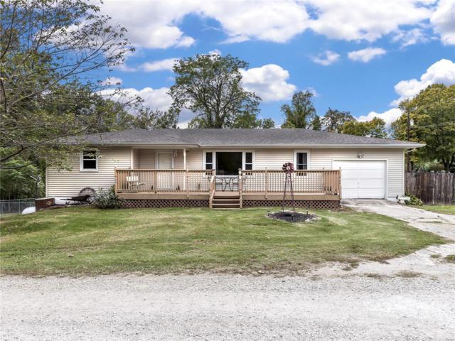 1 Springer Woods Lane, Edwardsville, IL 62025 (#18083857) :: Holden Realty Group - RE/MAX Preferred