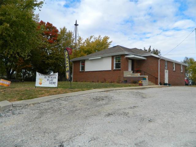 1701 School Street, Hillsboro, IL 62049 (#18087923) :: Fusion Realty, LLC