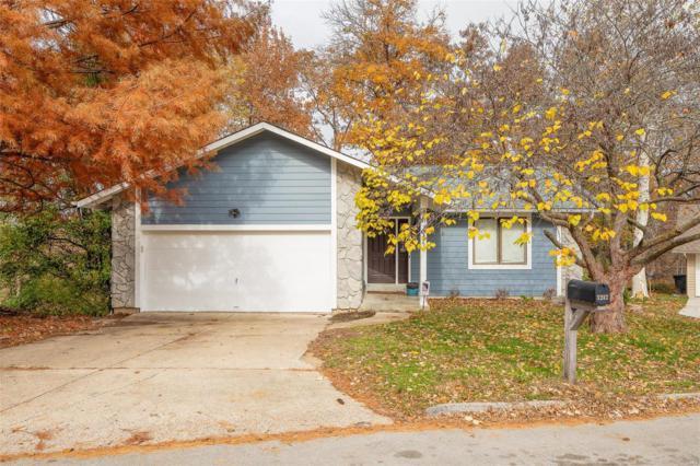 1242 Sandstone Terr, Lake St Louis, MO 63367 (#18089348) :: Barrett Realty Group