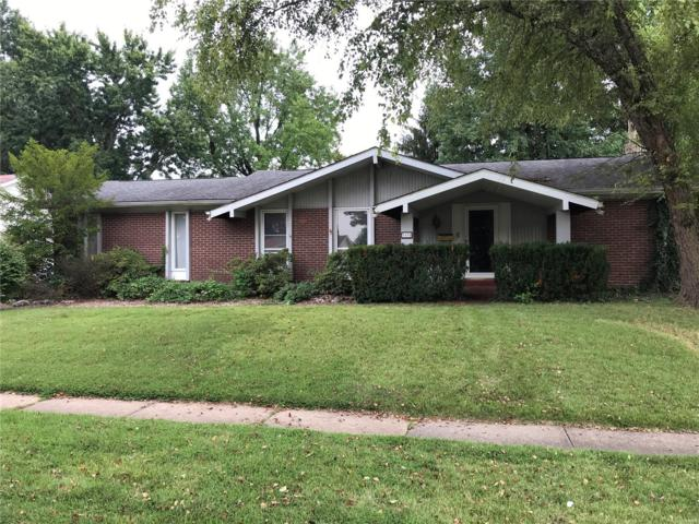 3690 Greenway Chase Drive, Florissant, MO 63031 (#18090299) :: Barrett Realty Group