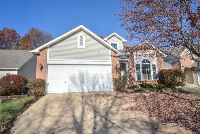 1000 Cambridge Place Court, Chesterfield, MO 63017 (#18091743) :: Clarity Street Realty