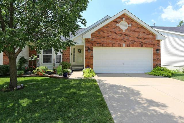 709 Villas Estates Drive, Fenton, MO 63026 (#18092485) :: The Becky O'Neill Power Home Selling Team
