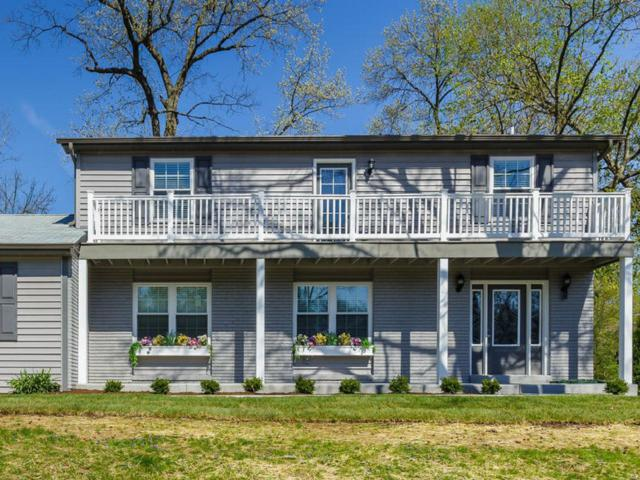 2130 Lakeview Drive, St Louis, MO 63131 (#18093141) :: Peter Lu Team