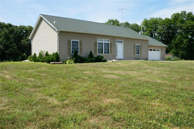 4681 S Mississippi River Road, GOLDEN EAGLE, IL 62036 (#18094127) :: The Kathy Helbig Group