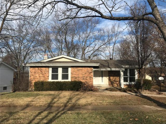 829 Forest Village, Ballwin, MO 63021 (#18094504) :: St. Louis Finest Homes Realty Group