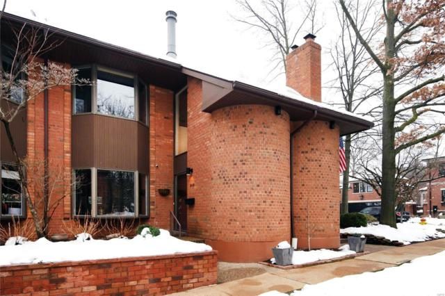 302 N Brentwood, St Louis, MO 63105 (#19003433) :: Kelly Hager Group   TdD Premier Real Estate